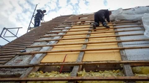 Reetdachdecker, Reet-Dachdeccker, Reet-Dach-Decker, Reetdachdeckerei, Weichert Dachbau, Reetdachdecker-Fachbetrieb